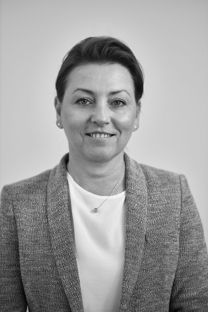 dr hab. Barbara Kowalewska, prof.Uczelni