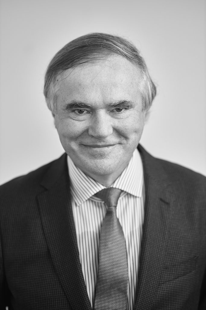 prof. Artur Winiarski